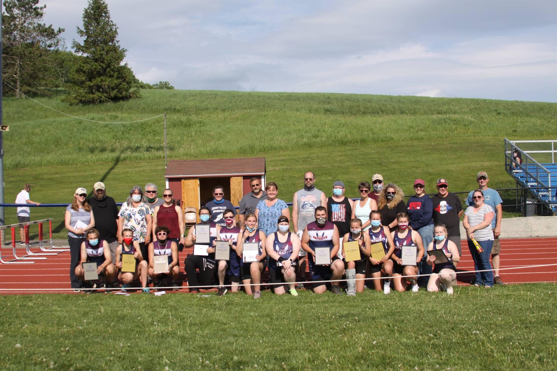 Varsity Track and Field Seniors 2021